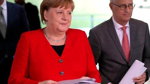 Angela Merkel und Peter Tschentscher