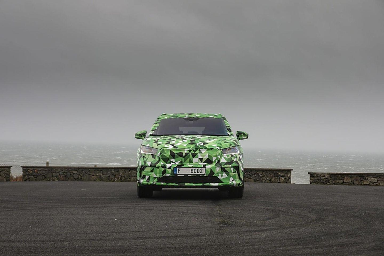 Škoda Enyaq getarnt