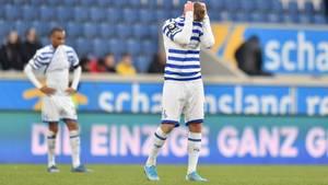 Connor Krempicki von Tabellenführer MSV Duisburg ärgertsich Ende Februar nach der knappen Niederlage gegen Verfolger Waldhof Mannheim