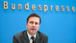 Steffen Seibert, Regierungssprecher, auf dem Podium der Bundespressekonferenz