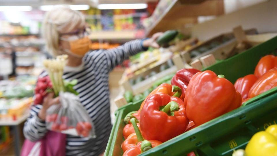 Steigende Einkaufskosten: Corona-Überblick: Welche Lebensmittel jetzt teurer werden