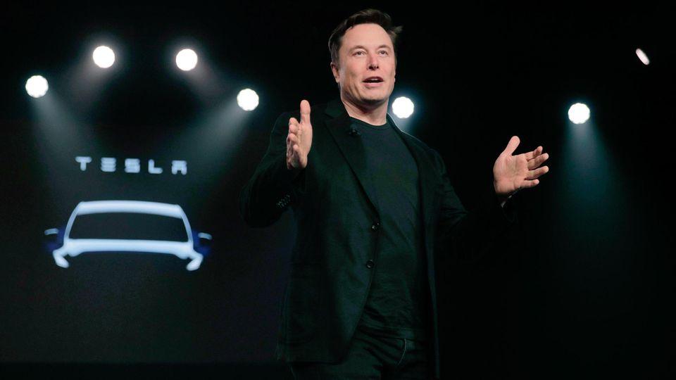 Tesla-Chef Elon Musk willdie Produktion im Hauptwerk in Kalifornien wieder hochfahren