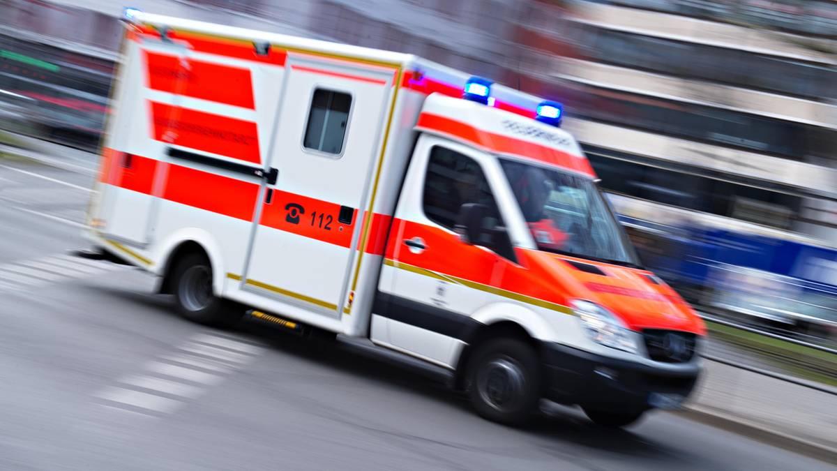 Nachrichten aus Deutschland: Schwerer Arbeitsunfall auf Sprengplatz: Mann stirbt, ein weiterer wird schwer verletzt