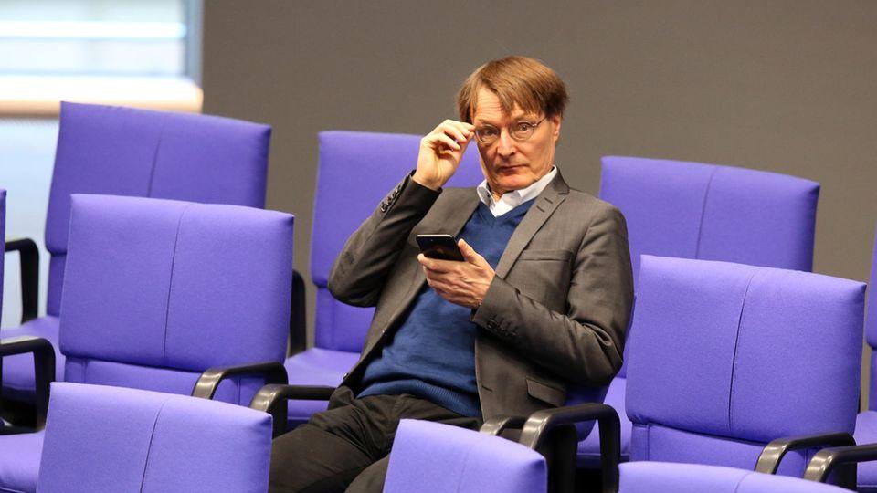 Karl Lauterbach (SPD)bei einer Debatteim Deutschen Bundestag.