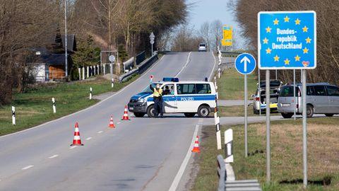 Grenzübergang Deutschland-Österreich in der Nähe von Neuhaus am Inn