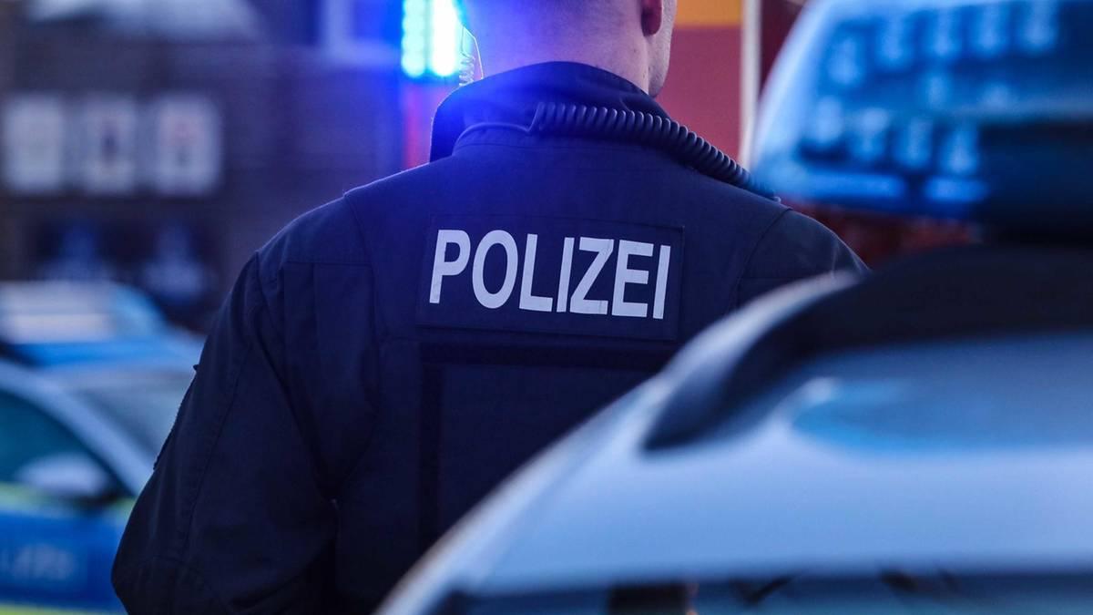 Nachrichten aus Deutschland: Angriffe auf Polizisten bei Corona-Demo in Sachsen
