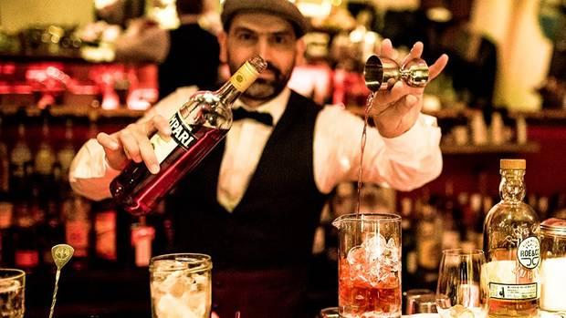 Gaetano Randone in seiner Bar Bartista