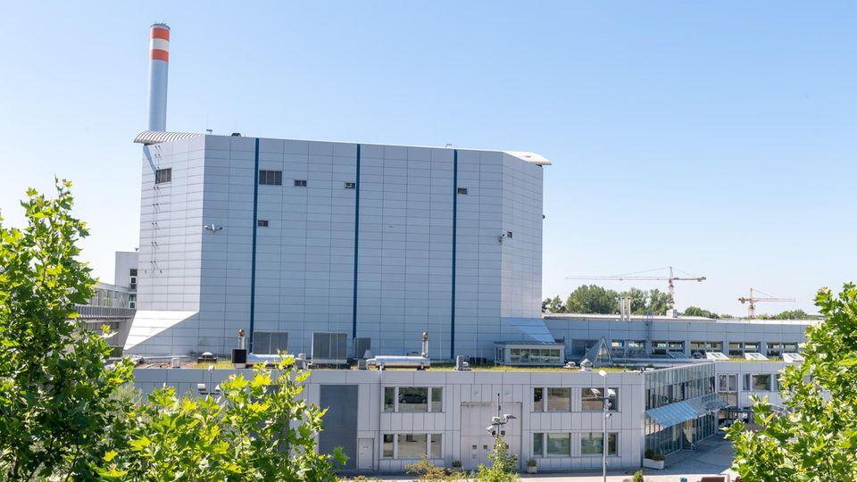 Der Forschungsreaktor München II (FRM II) steht auf dem Gelände der Technischen Universität München.