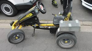 Kettcar auf 35 km/h getunt - gesehen in Tönisvorst