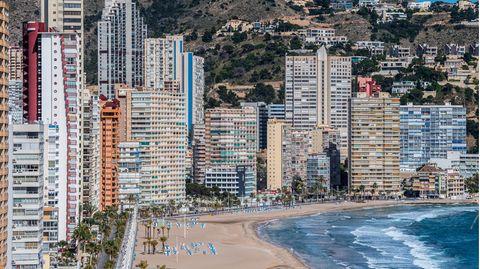 DerPlaya de Levante-Strand in Benidorm, Spanien