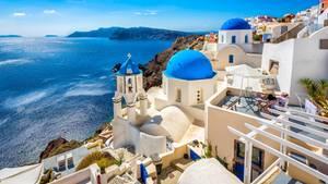 Der Tourismus in Greichenland soll wieder starten:Zunächst werde es am 15. Juni Flüge aus dem Ausland nur nach Athen geben. Ab dem 1. Juli sollen auch alle Regionalflughäfen für Flüge aus dem Ausland geöffnet werden.
