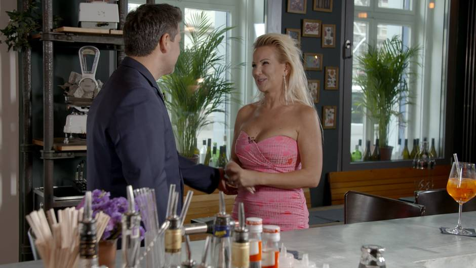 "Claudia Norberg bei der Datingshow ""Match"""