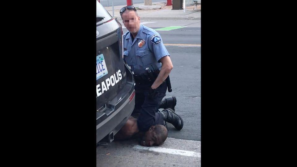 Mit dem Handy aufgenommen: Entsetzen in den USA nach tödlichem Polizeieinsatz gegen Afroamerikaner