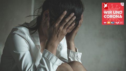 """""""Wir und Corona"""": """"Dahinter steckt das Gefühl: Gegenüber Frauen kann man sich alles erlauben"""": Psychologin erklärt, wie sexuelle Gewalt zur Normalität wird"""
