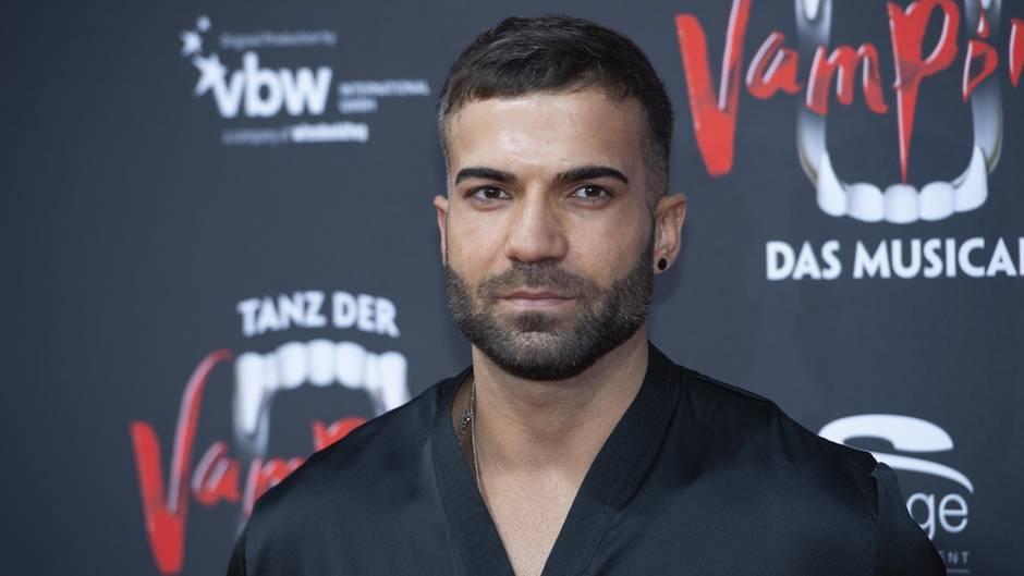 Rafi Rachek wurde Opfer einer homophoben Attacke