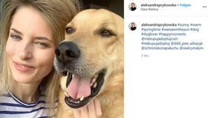 Aleksandra Prykowska und ihr Hund Logan