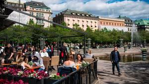 In Schweden soll nun eine unabhängige Kommission die Corona-Politik überprüfen.
