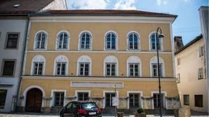Österreich, Braunau Am Inn: Das Geburtshaus von Adolf Hitler