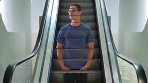 Kevin Lustgarten macht surreale Trick-Videos auf Instagram