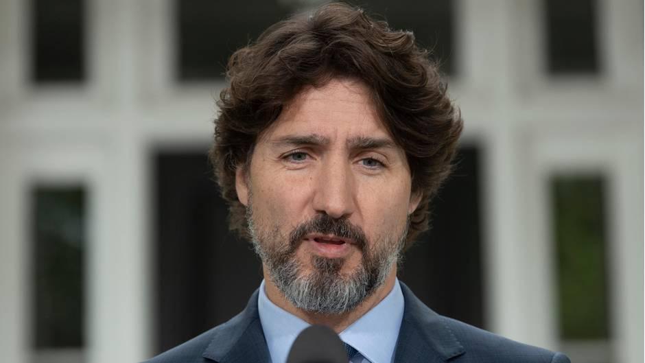 Kanada, Ottawa: Justin Trudeau, Premierminister von Kanada, spricht auf einer Pressekonferenz.