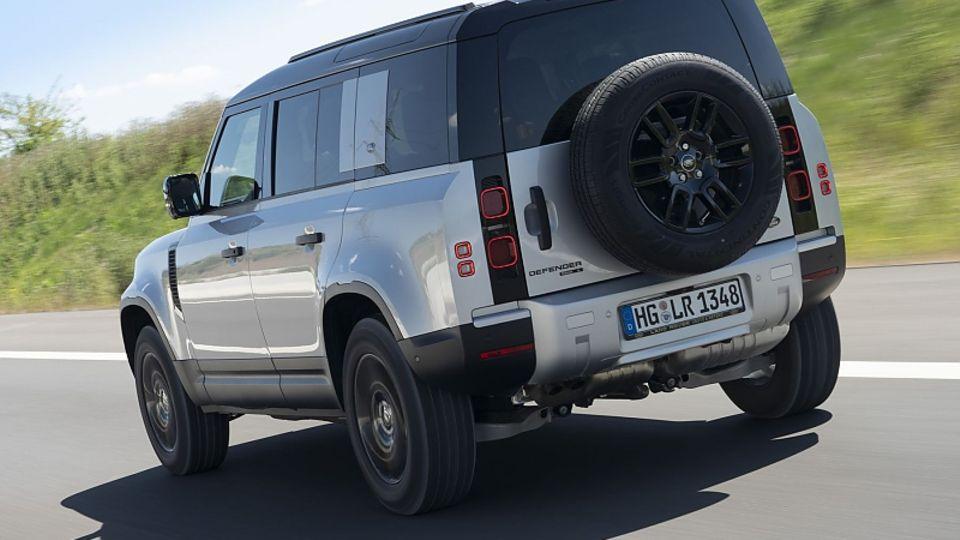Dank der Luftfederung ist der Land Rover Defender 110 komfortabel
