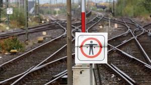 Bahngleise als Symbolfoto für Nachrichten aus Deutschland