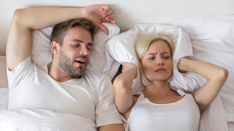 Spezielle Kissen sollen das Schnarchen verhindern
