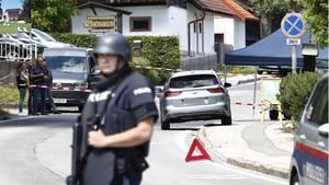In Drobollach am Faaker See (Gemeinde Villach) ist eine Frau auf offener Straße erschossen worden.