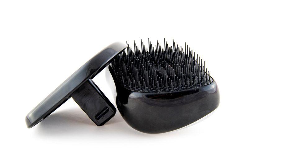 Der Tangle Teezer soll die Haare schnell entwirren