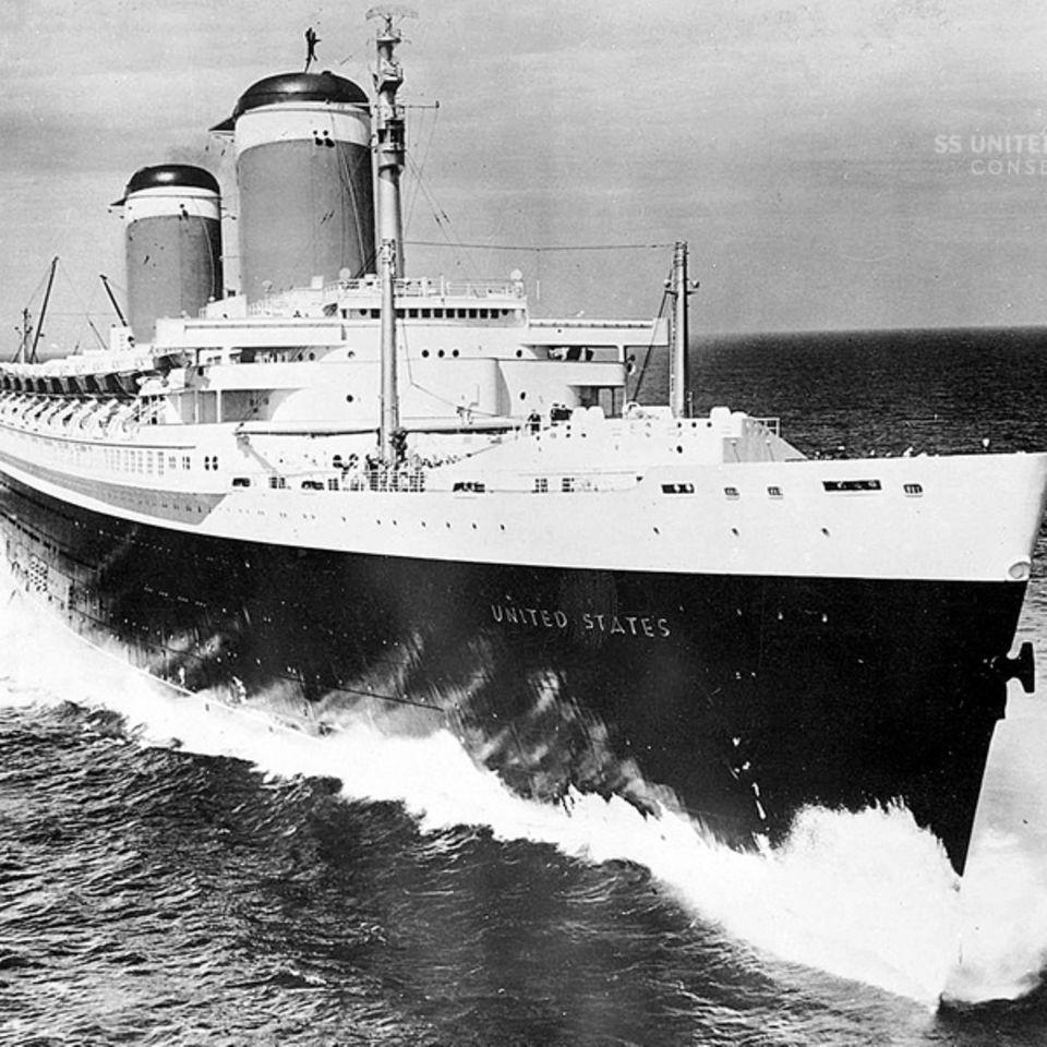 Ein Schiff mit schmalen Linienriss: Der Bug schnitt durch das Wasser wie ein Messer und erlaubte Geschwindigkeiten von über 40 Knoten in der Stunde.