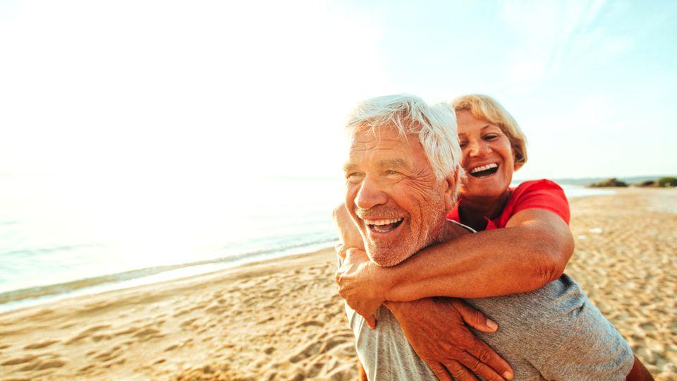 Leben im Alter: Gesund, ausgeglichen, zufrieden - wie wir in der zweiten Lebenshälfte zum Glück finden