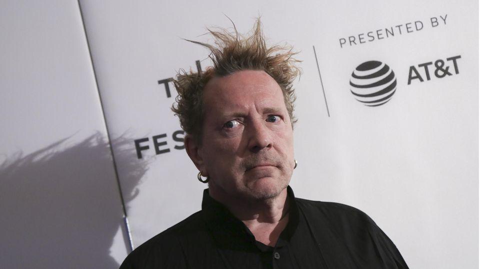 Johnny Rotten, Sänger der Sex Pistols