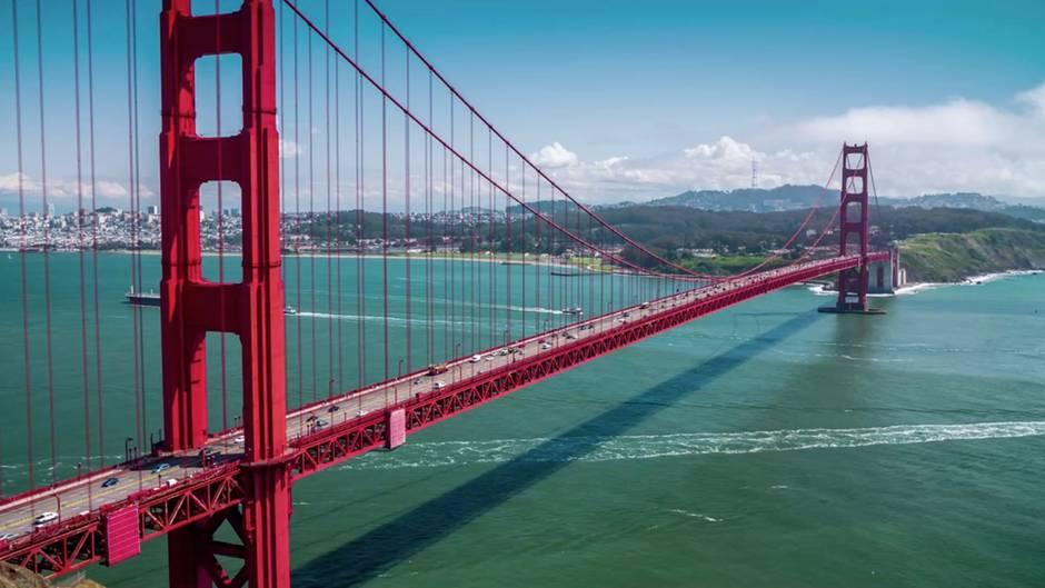 """Mysteriöse Klänge über San Francisco: Die Golden Gate Bridge """"singt""""."""