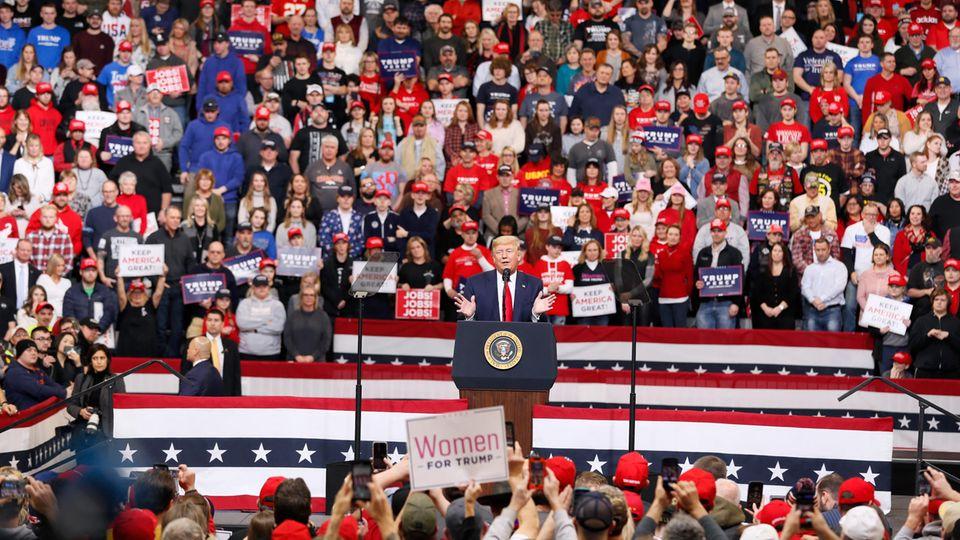 Donald Trump EndeJanuar bei einerWahlkampfveranstaltung inDes Moines im US-Bundesstaat Iowa