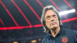 Hans-Wihlhelm Müller-Wohlfarth - Mannschaftsarzt des FC Bayern hört nach 40 Jahren auf
