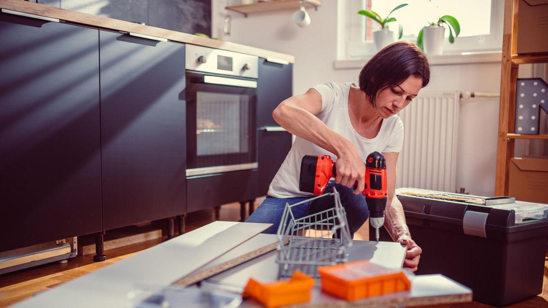 Im Haushalt fallen immer wieder kleine Arbeiten an, dafür benötigt man das richtige Werkzeug.