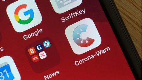 Die Corona-Warn-App des Bundes soll Nutzer nach einem engen Kontakt mit einer am Coronavirus infizierten Person warnen