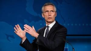 Jens Stoltenberg, Generalsekretär der Nato, spricht bei einer Pressekonferenz