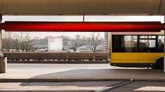 Das geniale Konzept der Architekten Meinard von Gerkan, Volkwin Marg und Klaus Nickels in den frühen 70er Jahren: ein Flughafen der kurzen Wege – vom Auto bis zur Flugzeugtür betrug der Weg 28 Meter.
