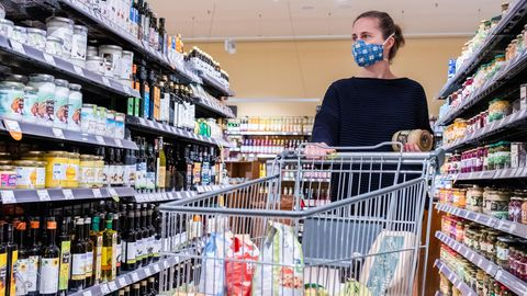 Konfunkturpaket: Mehrwertsteuersenkung: Wenig für den Verbraucher – viel Arbeit für den Handel