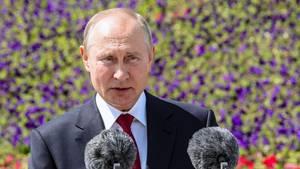 Wladimir Putin bei seinem ersten öffentlichen Auftritt seit Wochen
