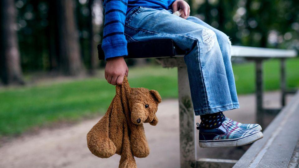 """Interview zu Kindesmissbrauch: """"In jeder Schulklasse gibt es ein bis zwei Kinder, die sexuelle Übergriffe erleiden"""""""