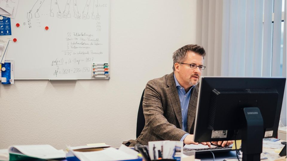 VOE STERN CRIME AUSGABE 31 LKA NRW OFA NETZWERK Prof. Dr. Andreas Mokros