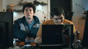 "Netflix-Ticker: Cast der Serie ""How To Sell Drugs Online (Fast)"""