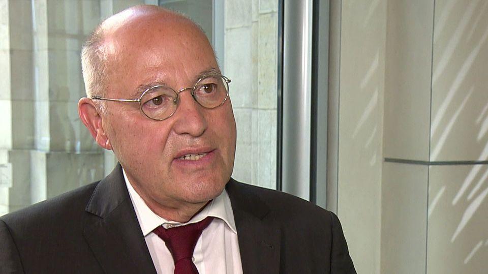 Gregor Gysi (Die Linke) im NTV-Frühstart