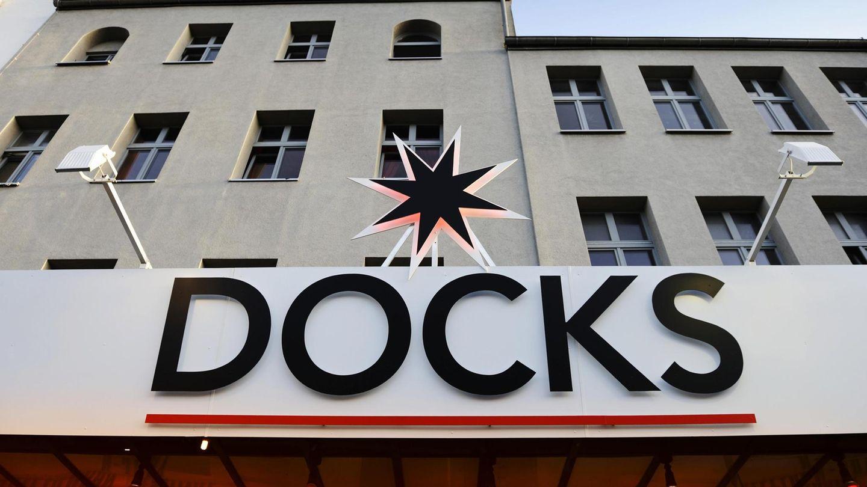 """Docks auf der Reeperbahn: Hamburger Club verbreitet """"alternative Meinungen"""" zu Corona - Verband straft daraufhin Chefin ab"""