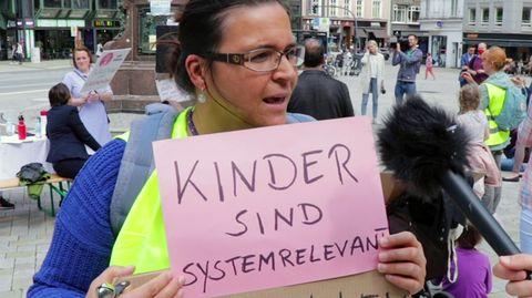 Demo in Hamburg: Eltern wollen endlich bei Corona-Maßnahmen mitreden