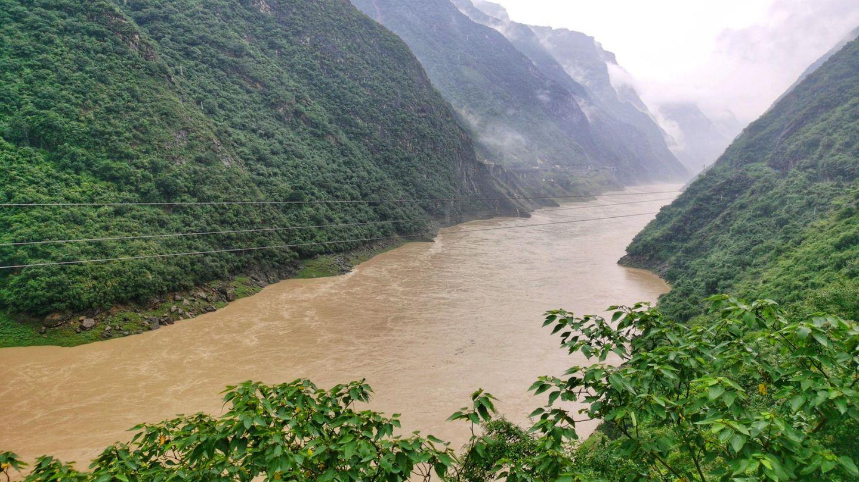 China: Nachheftigen Regenfällen ist der Wasserpegel des Flusses Fu stark angestiegen