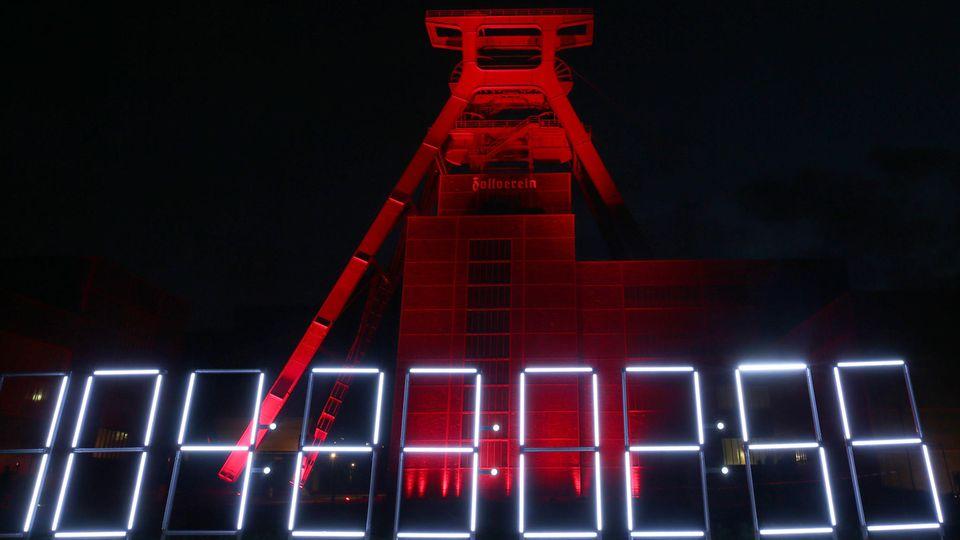 Nordrhein-Westfalen, Essen: Förderturm auf dem Gelände der Zeche Zollverein