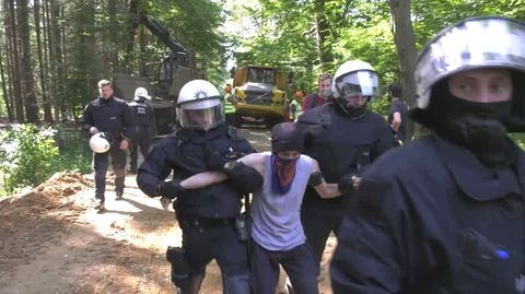 Polizeiaktion im Hambacher Forst: Kohlegegner sehen Schikane